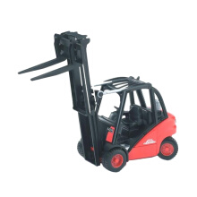 Bruder Toys 2511 Linde Fork Lift H30D With 2 Pallets Mainan Anak - Merah Red Black