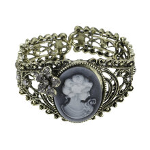 [OUTAD] Vintage Bronze Relief Carved Cameo Statue Queen Bangle Bracelet w/Rhinestones Bronze