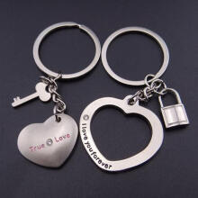 Farfi 1 Pair New Love Heart Lock Key Chain Ring Keyring Keyfob Lover Couples Gift as the pictures