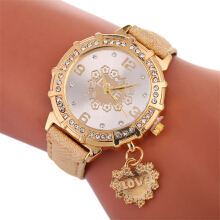 Fashionmall Women Quartz Rhinestone Leather Watch 8COLOR