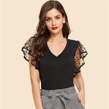 QX7337 Hot Sale Fashion Office Women V-Neck Black T-shirt with Lace Stitching Baju Kantor Wanita Import