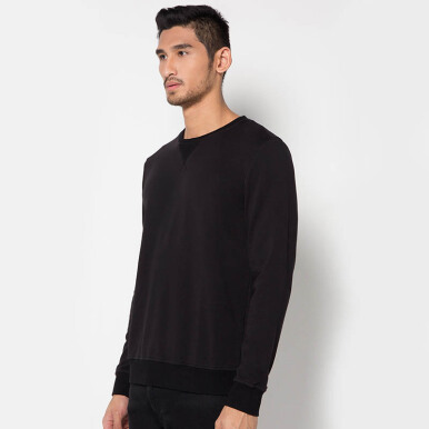 Minarno Minarno Basic Sweater- Black
