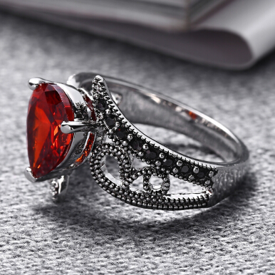 Trendy Red Rhinestone Hollow Out Plated Women Ring 6