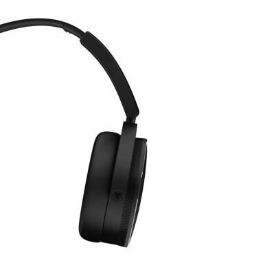 AKG Y50 Headphone - Hitam