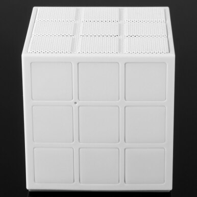6625 Magic Cube Bluetooth 2.1 Speaker with Shining LED Light (White)