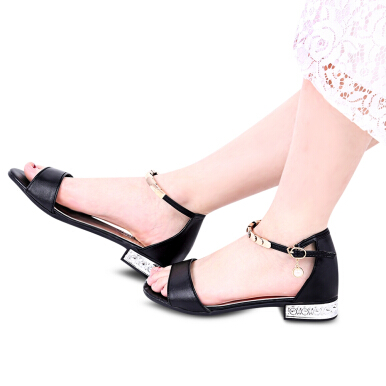 Simple Design Metal Strap Open Toe Ladies Flat Sandals