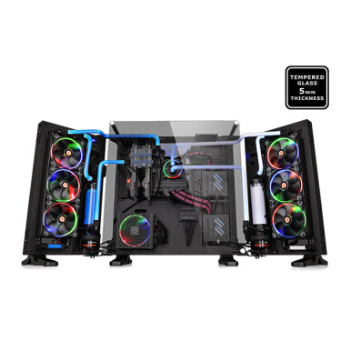 THERMALTAKE Core P7 TG / Black/Wall Mount/SGCC/Tempered Glass