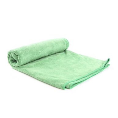 QUICKDRY Travel Towel - Green / ukuran 50 x 100 cm